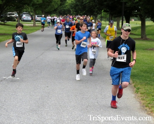 Gotta Have Faye-th 5K Run/Walk<br><br><br><br><a href='http://www.trisportsevents.com/pics/17_Gotta_Have_Faye-th_5K_016.JPG' download='17_Gotta_Have_Faye-th_5K_016.JPG'>Click here to download.</a><Br><a href='http://www.facebook.com/sharer.php?u=http:%2F%2Fwww.trisportsevents.com%2Fpics%2F17_Gotta_Have_Faye-th_5K_016.JPG&t=Gotta Have Faye-th 5K Run/Walk' target='_blank'><img src='images/fb_share.png' width='100'></a>