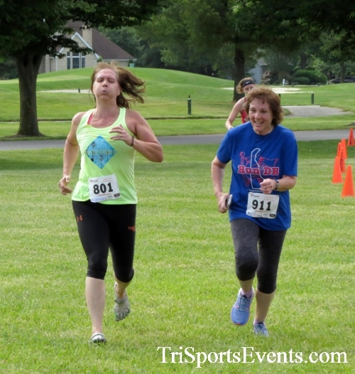 Gotta Have Faye-th 5K Run/Walk<br><br><br><br><a href='http://www.trisportsevents.com/pics/17_Gotta_Have_Faye-th_5K_087.JPG' download='17_Gotta_Have_Faye-th_5K_087.JPG'>Click here to download.</a><Br><a href='http://www.facebook.com/sharer.php?u=http:%2F%2Fwww.trisportsevents.com%2Fpics%2F17_Gotta_Have_Faye-th_5K_087.JPG&t=Gotta Have Faye-th 5K Run/Walk' target='_blank'><img src='images/fb_share.png' width='100'></a>