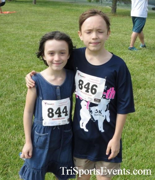 Gotta Have Faye-th 5K Run/Walk<br><br><br><br><a href='http://www.trisportsevents.com/pics/17_Gotta_Have_Faye-th_5K_128.JPG' download='17_Gotta_Have_Faye-th_5K_128.JPG'>Click here to download.</a><Br><a href='http://www.facebook.com/sharer.php?u=http:%2F%2Fwww.trisportsevents.com%2Fpics%2F17_Gotta_Have_Faye-th_5K_128.JPG&t=Gotta Have Faye-th 5K Run/Walk' target='_blank'><img src='images/fb_share.png' width='100'></a>