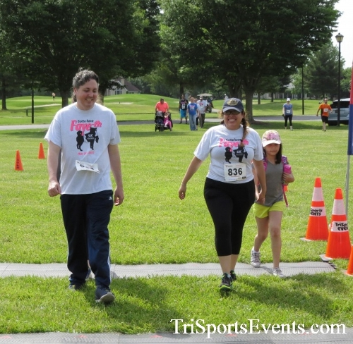 Gotta Have Faye-th 5K Run/Walk<br><br><br><br><a href='http://www.trisportsevents.com/pics/17_Gotta_Have_Faye-th_5K_131.JPG' download='17_Gotta_Have_Faye-th_5K_131.JPG'>Click here to download.</a><Br><a href='http://www.facebook.com/sharer.php?u=http:%2F%2Fwww.trisportsevents.com%2Fpics%2F17_Gotta_Have_Faye-th_5K_131.JPG&t=Gotta Have Faye-th 5K Run/Walk' target='_blank'><img src='images/fb_share.png' width='100'></a>