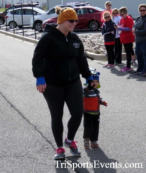 Heart & Sole 5K Run/Walk<br><br><br><br><a href='http://www.trisportsevents.com/pics/17_Heart_&_Soul_5K_014.JPG' download='17_Heart_&_Soul_5K_014.JPG'>Click here to download.</a><Br><a href='http://www.facebook.com/sharer.php?u=http:%2F%2Fwww.trisportsevents.com%2Fpics%2F17_Heart_&_Soul_5K_014.JPG&t=Heart & Sole 5K Run/Walk' target='_blank'><img src='images/fb_share.png' width='100'></a>