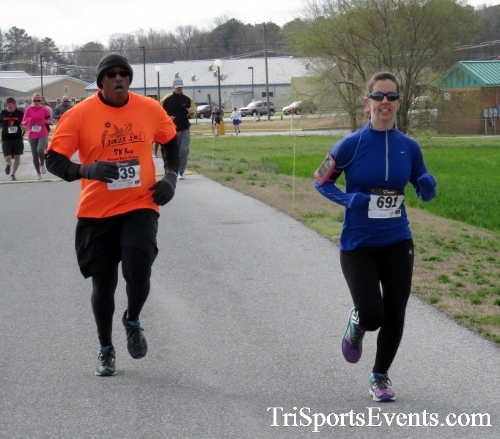 Heart & Sole 5K Run/Walk<br><br><br><br><a href='http://www.trisportsevents.com/pics/17_Heart_&_Soul_5K_027.JPG' download='17_Heart_&_Soul_5K_027.JPG'>Click here to download.</a><Br><a href='http://www.facebook.com/sharer.php?u=http:%2F%2Fwww.trisportsevents.com%2Fpics%2F17_Heart_&_Soul_5K_027.JPG&t=Heart & Sole 5K Run/Walk' target='_blank'><img src='images/fb_share.png' width='100'></a>