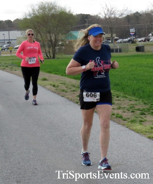 Heart & Sole 5K Run/Walk<br><br><br><br><a href='http://www.trisportsevents.com/pics/17_Heart_&_Soul_5K_039.JPG' download='17_Heart_&_Soul_5K_039.JPG'>Click here to download.</a><Br><a href='http://www.facebook.com/sharer.php?u=http:%2F%2Fwww.trisportsevents.com%2Fpics%2F17_Heart_&_Soul_5K_039.JPG&t=Heart & Sole 5K Run/Walk' target='_blank'><img src='images/fb_share.png' width='100'></a>