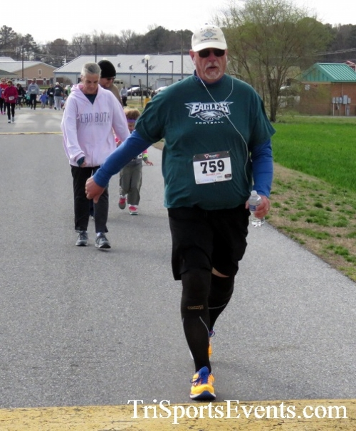 Heart & Sole 5K Run/Walk<br><br><br><br><a href='http://www.trisportsevents.com/pics/17_Heart_&_Soul_5K_061.JPG' download='17_Heart_&_Soul_5K_061.JPG'>Click here to download.</a><Br><a href='http://www.facebook.com/sharer.php?u=http:%2F%2Fwww.trisportsevents.com%2Fpics%2F17_Heart_&_Soul_5K_061.JPG&t=Heart & Sole 5K Run/Walk' target='_blank'><img src='images/fb_share.png' width='100'></a>