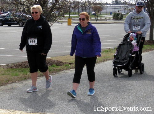 Heart & Sole 5K Run/Walk<br><br><br><br><a href='http://www.trisportsevents.com/pics/17_Heart_&_Soul_5K_069.JPG' download='17_Heart_&_Soul_5K_069.JPG'>Click here to download.</a><Br><a href='http://www.facebook.com/sharer.php?u=http:%2F%2Fwww.trisportsevents.com%2Fpics%2F17_Heart_&_Soul_5K_069.JPG&t=Heart & Sole 5K Run/Walk' target='_blank'><img src='images/fb_share.png' width='100'></a>