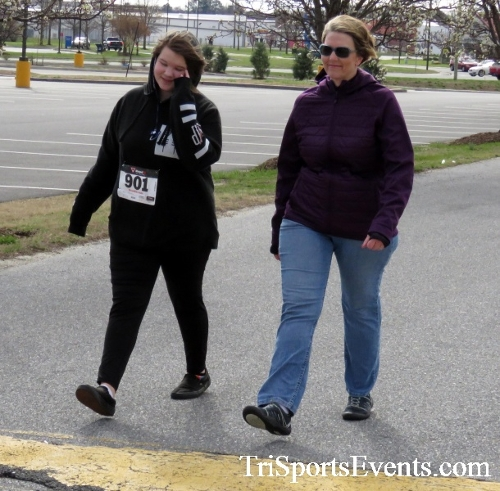 Heart & Sole 5K Run/Walk<br><br><br><br><a href='https://www.trisportsevents.com/pics/17_Heart_&_Soul_5K_080.JPG' download='17_Heart_&_Soul_5K_080.JPG'>Click here to download.</a><Br><a href='http://www.facebook.com/sharer.php?u=http:%2F%2Fwww.trisportsevents.com%2Fpics%2F17_Heart_&_Soul_5K_080.JPG&t=Heart & Sole 5K Run/Walk' target='_blank'><img src='images/fb_share.png' width='100'></a>