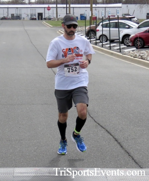 Heart & Sole 5K Run/Walk<br><br><br><br><a href='http://www.trisportsevents.com/pics/17_Heart_&_Soul_5K_094.JPG' download='17_Heart_&_Soul_5K_094.JPG'>Click here to download.</a><Br><a href='http://www.facebook.com/sharer.php?u=http:%2F%2Fwww.trisportsevents.com%2Fpics%2F17_Heart_&_Soul_5K_094.JPG&t=Heart & Sole 5K Run/Walk' target='_blank'><img src='images/fb_share.png' width='100'></a>