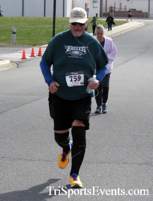 Heart & Sole 5K Run/Walk<br><br><br><br><a href='http://www.trisportsevents.com/pics/17_Heart_&_Soul_5K_157.JPG' download='17_Heart_&_Soul_5K_157.JPG'>Click here to download.</a><Br><a href='http://www.facebook.com/sharer.php?u=http:%2F%2Fwww.trisportsevents.com%2Fpics%2F17_Heart_&_Soul_5K_157.JPG&t=Heart & Sole 5K Run/Walk' target='_blank'><img src='images/fb_share.png' width='100'></a>