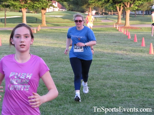 Holy Cross School's Family Fun 5K Run & Walk<br><br><br><br><a href='https://www.trisportsevents.com/pics/17_Holy_Cross_5K_102.JPG' download='17_Holy_Cross_5K_102.JPG'>Click here to download.</a><Br><a href='http://www.facebook.com/sharer.php?u=http:%2F%2Fwww.trisportsevents.com%2Fpics%2F17_Holy_Cross_5K_102.JPG&t=Holy Cross School's Family Fun 5K Run & Walk' target='_blank'><img src='images/fb_share.png' width='100'></a>
