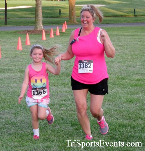 Holy Cross School's Family Fun 5K Run & Walk<br><br><br><br><a href='https://www.trisportsevents.com/pics/17_Holy_Cross_5K_139.JPG' download='17_Holy_Cross_5K_139.JPG'>Click here to download.</a><Br><a href='http://www.facebook.com/sharer.php?u=http:%2F%2Fwww.trisportsevents.com%2Fpics%2F17_Holy_Cross_5K_139.JPG&t=Holy Cross School's Family Fun 5K Run & Walk' target='_blank'><img src='images/fb_share.png' width='100'></a>