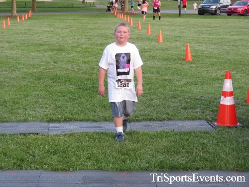 Holy Cross School's Family Fun 5K Run & Walk<br><br><br><br><a href='https://www.trisportsevents.com/pics/17_Holy_Cross_5K_160.JPG' download='17_Holy_Cross_5K_160.JPG'>Click here to download.</a><Br><a href='http://www.facebook.com/sharer.php?u=http:%2F%2Fwww.trisportsevents.com%2Fpics%2F17_Holy_Cross_5K_160.JPG&t=Holy Cross School's Family Fun 5K Run & Walk' target='_blank'><img src='images/fb_share.png' width='100'></a>