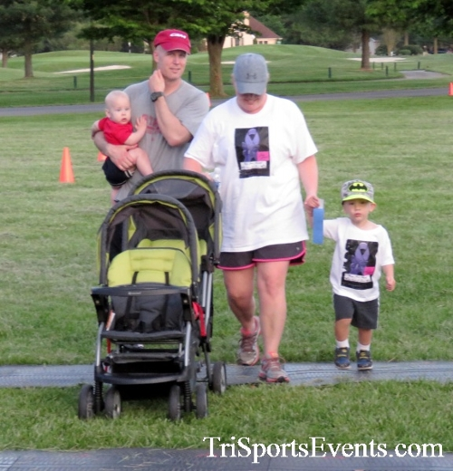 Holy Cross School's Family Fun 5K Run & Walk<br><br><br><br><a href='https://www.trisportsevents.com/pics/17_Holy_Cross_5K_163.JPG' download='17_Holy_Cross_5K_163.JPG'>Click here to download.</a><Br><a href='http://www.facebook.com/sharer.php?u=http:%2F%2Fwww.trisportsevents.com%2Fpics%2F17_Holy_Cross_5K_163.JPG&t=Holy Cross School's Family Fun 5K Run & Walk' target='_blank'><img src='images/fb_share.png' width='100'></a>