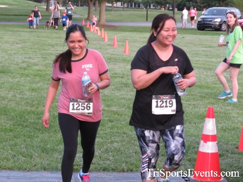 Holy Cross School's Family Fun 5K Run & Walk<br><br><br><br><a href='https://www.trisportsevents.com/pics/17_Holy_Cross_5K_169.JPG' download='17_Holy_Cross_5K_169.JPG'>Click here to download.</a><Br><a href='http://www.facebook.com/sharer.php?u=http:%2F%2Fwww.trisportsevents.com%2Fpics%2F17_Holy_Cross_5K_169.JPG&t=Holy Cross School's Family Fun 5K Run & Walk' target='_blank'><img src='images/fb_share.png' width='100'></a>