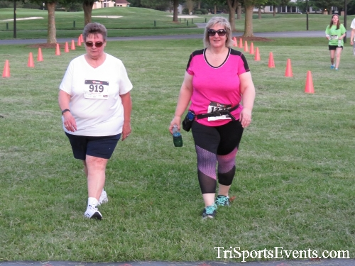 Holy Cross School's Family Fun 5K Run & Walk<br><br><br><br><a href='https://www.trisportsevents.com/pics/17_Holy_Cross_5K_172.JPG' download='17_Holy_Cross_5K_172.JPG'>Click here to download.</a><Br><a href='http://www.facebook.com/sharer.php?u=http:%2F%2Fwww.trisportsevents.com%2Fpics%2F17_Holy_Cross_5K_172.JPG&t=Holy Cross School's Family Fun 5K Run & Walk' target='_blank'><img src='images/fb_share.png' width='100'></a>