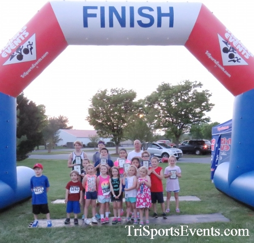 Holy Cross School's Family Fun 5K Run & Walk<br><br><br><br><a href='https://www.trisportsevents.com/pics/17_Holy_Cross_5K_179.JPG' download='17_Holy_Cross_5K_179.JPG'>Click here to download.</a><Br><a href='http://www.facebook.com/sharer.php?u=http:%2F%2Fwww.trisportsevents.com%2Fpics%2F17_Holy_Cross_5K_179.JPG&t=Holy Cross School's Family Fun 5K Run & Walk' target='_blank'><img src='images/fb_share.png' width='100'></a>