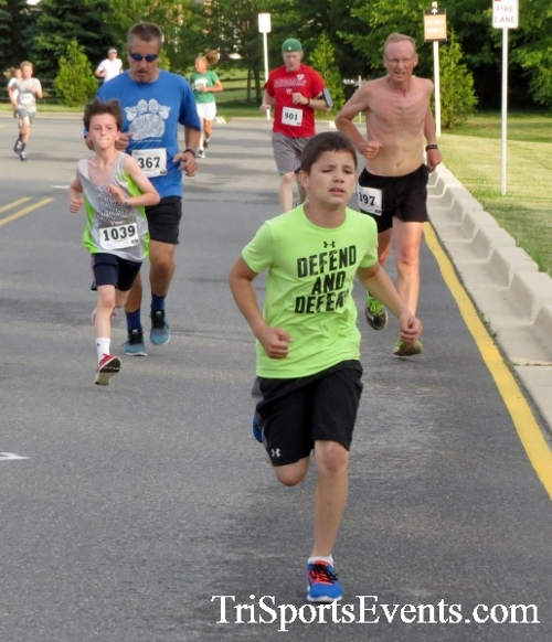 Otter Trotter 5K Run/Walk<br><br><br><br><a href='https://www.trisportsevents.com/pics/17_Otter_Trotter_5K_035.JPG' download='17_Otter_Trotter_5K_035.JPG'>Click here to download.</a><Br><a href='http://www.facebook.com/sharer.php?u=http:%2F%2Fwww.trisportsevents.com%2Fpics%2F17_Otter_Trotter_5K_035.JPG&t=Otter Trotter 5K Run/Walk' target='_blank'><img src='images/fb_share.png' width='100'></a>