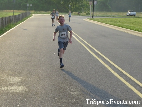 Otter Trotter 5K Run/Walk<br><br><br><br><a href='https://www.trisportsevents.com/pics/17_Otter_Trotter_5K_158.JPG' download='17_Otter_Trotter_5K_158.JPG'>Click here to download.</a><Br><a href='http://www.facebook.com/sharer.php?u=http:%2F%2Fwww.trisportsevents.com%2Fpics%2F17_Otter_Trotter_5K_158.JPG&t=Otter Trotter 5K Run/Walk' target='_blank'><img src='images/fb_share.png' width='100'></a>