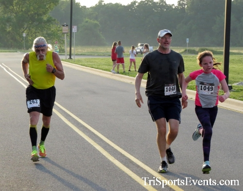 Otter Trotter 5K Run/Walk<br><br><br><br><a href='https://www.trisportsevents.com/pics/17_Otter_Trotter_5K_170.JPG' download='17_Otter_Trotter_5K_170.JPG'>Click here to download.</a><Br><a href='http://www.facebook.com/sharer.php?u=http:%2F%2Fwww.trisportsevents.com%2Fpics%2F17_Otter_Trotter_5K_170.JPG&t=Otter Trotter 5K Run/Walk' target='_blank'><img src='images/fb_share.png' width='100'></a>