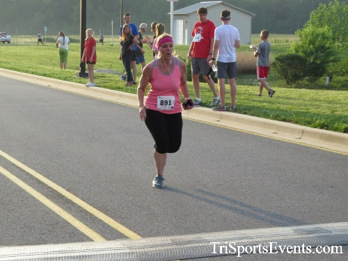 Otter Trotter 5K Run/Walk<br><br><br><br><a href='https://www.trisportsevents.com/pics/17_Otter_Trotter_5K_181.JPG' download='17_Otter_Trotter_5K_181.JPG'>Click here to download.</a><Br><a href='http://www.facebook.com/sharer.php?u=http:%2F%2Fwww.trisportsevents.com%2Fpics%2F17_Otter_Trotter_5K_181.JPG&t=Otter Trotter 5K Run/Walk' target='_blank'><img src='images/fb_share.png' width='100'></a>
