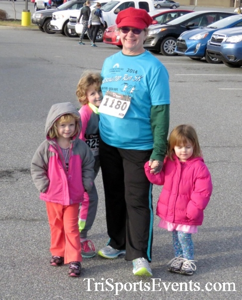 Resolution 5K Run/Walk<br><br><br><br><a href='http://www.trisportsevents.com/pics/17_Resolution_5K_001.JPG' download='17_Resolution_5K_001.JPG'>Click here to download.</a><Br><a href='http://www.facebook.com/sharer.php?u=http:%2F%2Fwww.trisportsevents.com%2Fpics%2F17_Resolution_5K_001.JPG&t=Resolution 5K Run/Walk' target='_blank'><img src='images/fb_share.png' width='100'></a>
