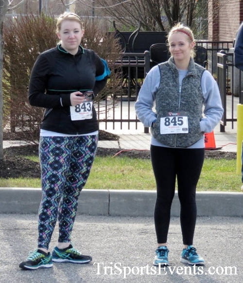 Resolution 5K Run/Walk<br><br><br><br><a href='http://www.trisportsevents.com/pics/17_Resolution_5K_004.JPG' download='17_Resolution_5K_004.JPG'>Click here to download.</a><Br><a href='http://www.facebook.com/sharer.php?u=http:%2F%2Fwww.trisportsevents.com%2Fpics%2F17_Resolution_5K_004.JPG&t=Resolution 5K Run/Walk' target='_blank'><img src='images/fb_share.png' width='100'></a>
