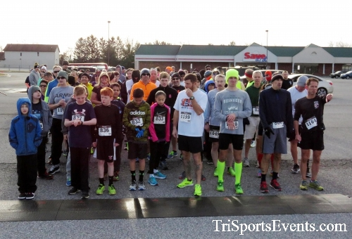 Resolution 5K Run/Walk<br><br><br><br><a href='http://www.trisportsevents.com/pics/17_Resolution_5K_011.JPG' download='17_Resolution_5K_011.JPG'>Click here to download.</a><Br><a href='http://www.facebook.com/sharer.php?u=http:%2F%2Fwww.trisportsevents.com%2Fpics%2F17_Resolution_5K_011.JPG&t=Resolution 5K Run/Walk' target='_blank'><img src='images/fb_share.png' width='100'></a>