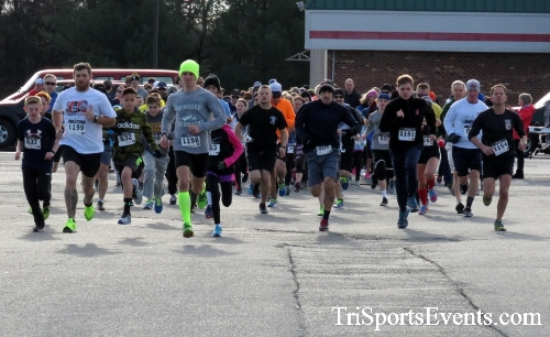 Resolution 5K Run/Walk<br><br><br><br><a href='http://www.trisportsevents.com/pics/17_Resolution_5K_012.JPG' download='17_Resolution_5K_012.JPG'>Click here to download.</a><Br><a href='http://www.facebook.com/sharer.php?u=http:%2F%2Fwww.trisportsevents.com%2Fpics%2F17_Resolution_5K_012.JPG&t=Resolution 5K Run/Walk' target='_blank'><img src='images/fb_share.png' width='100'></a>
