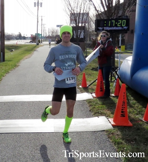 Resolution 5K Run/Walk<br><br><br><br><a href='http://www.trisportsevents.com/pics/17_Resolution_5K_089.JPG' download='17_Resolution_5K_089.JPG'>Click here to download.</a><Br><a href='http://www.facebook.com/sharer.php?u=http:%2F%2Fwww.trisportsevents.com%2Fpics%2F17_Resolution_5K_089.JPG&t=Resolution 5K Run/Walk' target='_blank'><img src='images/fb_share.png' width='100'></a>