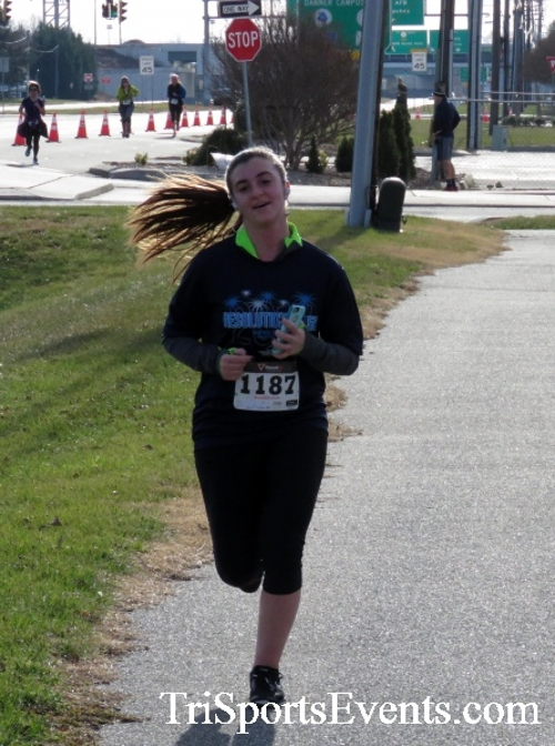 Resolution 5K Run/Walk<br><br><br><br><a href='http://www.trisportsevents.com/pics/17_Resolution_5K_116.JPG' download='17_Resolution_5K_116.JPG'>Click here to download.</a><Br><a href='http://www.facebook.com/sharer.php?u=http:%2F%2Fwww.trisportsevents.com%2Fpics%2F17_Resolution_5K_116.JPG&t=Resolution 5K Run/Walk' target='_blank'><img src='images/fb_share.png' width='100'></a>