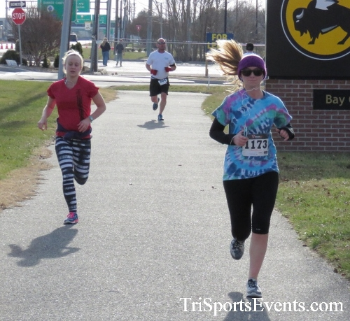 Resolution 5K Run/Walk<br><br><br><br><a href='http://www.trisportsevents.com/pics/17_Resolution_5K_134.JPG' download='17_Resolution_5K_134.JPG'>Click here to download.</a><Br><a href='http://www.facebook.com/sharer.php?u=http:%2F%2Fwww.trisportsevents.com%2Fpics%2F17_Resolution_5K_134.JPG&t=Resolution 5K Run/Walk' target='_blank'><img src='images/fb_share.png' width='100'></a>