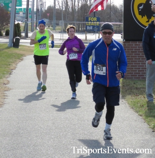 Resolution 5K Run/Walk<br><br><br><br><a href='http://www.trisportsevents.com/pics/17_Resolution_5K_152.JPG' download='17_Resolution_5K_152.JPG'>Click here to download.</a><Br><a href='http://www.facebook.com/sharer.php?u=http:%2F%2Fwww.trisportsevents.com%2Fpics%2F17_Resolution_5K_152.JPG&t=Resolution 5K Run/Walk' target='_blank'><img src='images/fb_share.png' width='100'></a>