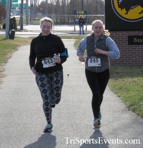 Resolution 5K Run/Walk<br><br><br><br><a href='http://www.trisportsevents.com/pics/17_Resolution_5K_172.JPG' download='17_Resolution_5K_172.JPG'>Click here to download.</a><Br><a href='http://www.facebook.com/sharer.php?u=http:%2F%2Fwww.trisportsevents.com%2Fpics%2F17_Resolution_5K_172.JPG&t=Resolution 5K Run/Walk' target='_blank'><img src='images/fb_share.png' width='100'></a>