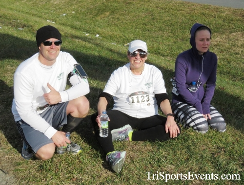Resolution 5K Run/Walk<br><br><br><br><a href='http://www.trisportsevents.com/pics/17_Resolution_5K_189.JPG' download='17_Resolution_5K_189.JPG'>Click here to download.</a><Br><a href='http://www.facebook.com/sharer.php?u=http:%2F%2Fwww.trisportsevents.com%2Fpics%2F17_Resolution_5K_189.JPG&t=Resolution 5K Run/Walk' target='_blank'><img src='images/fb_share.png' width='100'></a>
