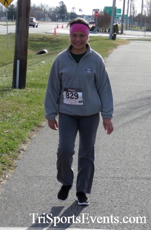 Resolution 5K Run/Walk<br><br><br><br><a href='http://www.trisportsevents.com/pics/17_Resolution_5K_219.JPG' download='17_Resolution_5K_219.JPG'>Click here to download.</a><Br><a href='http://www.facebook.com/sharer.php?u=http:%2F%2Fwww.trisportsevents.com%2Fpics%2F17_Resolution_5K_219.JPG&t=Resolution 5K Run/Walk' target='_blank'><img src='images/fb_share.png' width='100'></a>