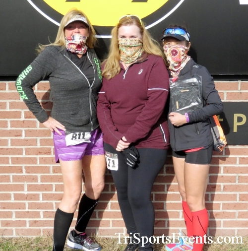 Resolution 5K Run/Walk<br><br><br><br><a href='http://www.trisportsevents.com/pics/17_Resolution_5K_228.JPG' download='17_Resolution_5K_228.JPG'>Click here to download.</a><Br><a href='http://www.facebook.com/sharer.php?u=http:%2F%2Fwww.trisportsevents.com%2Fpics%2F17_Resolution_5K_228.JPG&t=Resolution 5K Run/Walk' target='_blank'><img src='images/fb_share.png' width='100'></a>