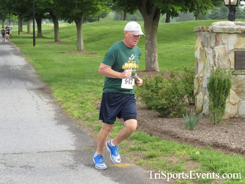 Run for Success 5K Run/Walk<br><br><br><br><a href='http://www.trisportsevents.com/pics/17_Run_for_Success_5K_018.JPG' download='17_Run_for_Success_5K_018.JPG'>Click here to download.</a><Br><a href='http://www.facebook.com/sharer.php?u=http:%2F%2Fwww.trisportsevents.com%2Fpics%2F17_Run_for_Success_5K_018.JPG&t=Run for Success 5K Run/Walk' target='_blank'><img src='images/fb_share.png' width='100'></a>