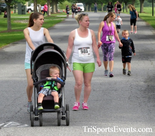 Run for Success 5K Run/Walk<br><br><br><br><a href='https://www.trisportsevents.com/pics/17_Run_for_Success_5K_045.JPG' download='17_Run_for_Success_5K_045.JPG'>Click here to download.</a><Br><a href='http://www.facebook.com/sharer.php?u=http:%2F%2Fwww.trisportsevents.com%2Fpics%2F17_Run_for_Success_5K_045.JPG&t=Run for Success 5K Run/Walk' target='_blank'><img src='images/fb_share.png' width='100'></a>