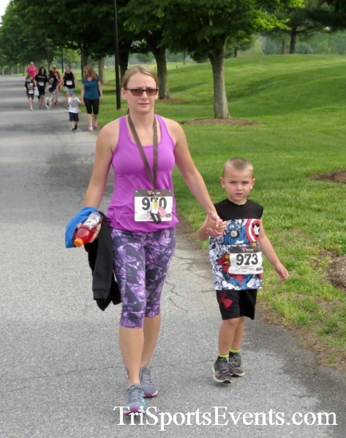 Run for Success 5K Run/Walk<br><br><br><br><a href='https://www.trisportsevents.com/pics/17_Run_for_Success_5K_046.JPG' download='17_Run_for_Success_5K_046.JPG'>Click here to download.</a><Br><a href='http://www.facebook.com/sharer.php?u=http:%2F%2Fwww.trisportsevents.com%2Fpics%2F17_Run_for_Success_5K_046.JPG&t=Run for Success 5K Run/Walk' target='_blank'><img src='images/fb_share.png' width='100'></a>