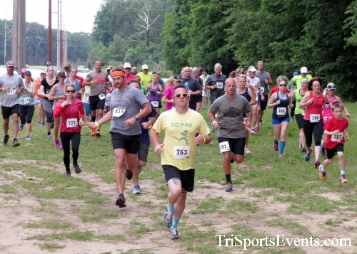 Run the Mill Trail 5K - Blair's Pond Nature Trail<br><br><br><br><a href='https://www.trisportsevents.com/pics/17_Run_the_Mill_5K_013.JPG' download='17_Run_the_Mill_5K_013.JPG'>Click here to download.</a><Br><a href='http://www.facebook.com/sharer.php?u=http:%2F%2Fwww.trisportsevents.com%2Fpics%2F17_Run_the_Mill_5K_013.JPG&t=Run the Mill Trail 5K - Blair's Pond Nature Trail' target='_blank'><img src='images/fb_share.png' width='100'></a>