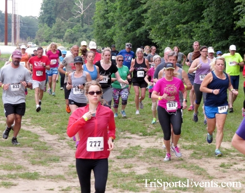 Run the Mill Trail 5K - Blair's Pond Nature Trail<br><br><br><br><a href='https://www.trisportsevents.com/pics/17_Run_the_Mill_5K_014.JPG' download='17_Run_the_Mill_5K_014.JPG'>Click here to download.</a><Br><a href='http://www.facebook.com/sharer.php?u=http:%2F%2Fwww.trisportsevents.com%2Fpics%2F17_Run_the_Mill_5K_014.JPG&t=Run the Mill Trail 5K - Blair's Pond Nature Trail' target='_blank'><img src='images/fb_share.png' width='100'></a>