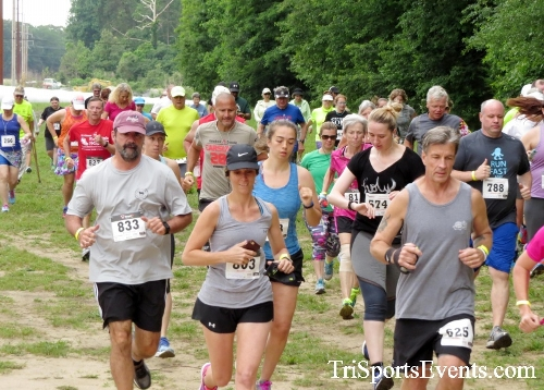 Run the Mill Trail 5K - Blair's Pond Nature Trail<br><br><br><br><a href='https://www.trisportsevents.com/pics/17_Run_the_Mill_5K_015.JPG' download='17_Run_the_Mill_5K_015.JPG'>Click here to download.</a><Br><a href='http://www.facebook.com/sharer.php?u=http:%2F%2Fwww.trisportsevents.com%2Fpics%2F17_Run_the_Mill_5K_015.JPG&t=Run the Mill Trail 5K - Blair's Pond Nature Trail' target='_blank'><img src='images/fb_share.png' width='100'></a>