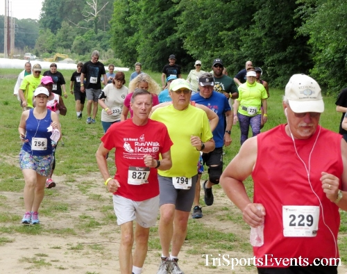 Run the Mill Trail 5K - Blair's Pond Nature Trail<br><br><br><br><a href='https://www.trisportsevents.com/pics/17_Run_the_Mill_5K_017.JPG' download='17_Run_the_Mill_5K_017.JPG'>Click here to download.</a><Br><a href='http://www.facebook.com/sharer.php?u=http:%2F%2Fwww.trisportsevents.com%2Fpics%2F17_Run_the_Mill_5K_017.JPG&t=Run the Mill Trail 5K - Blair's Pond Nature Trail' target='_blank'><img src='images/fb_share.png' width='100'></a>