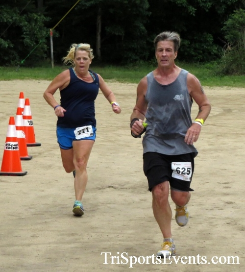 Run the Mill Trail 5K - Blair's Pond Nature Trail<br><br><br><br><a href='https://www.trisportsevents.com/pics/17_Run_the_Mill_5K_061.JPG' download='17_Run_the_Mill_5K_061.JPG'>Click here to download.</a><Br><a href='http://www.facebook.com/sharer.php?u=http:%2F%2Fwww.trisportsevents.com%2Fpics%2F17_Run_the_Mill_5K_061.JPG&t=Run the Mill Trail 5K - Blair's Pond Nature Trail' target='_blank'><img src='images/fb_share.png' width='100'></a>