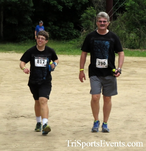 Run the Mill Trail 5K - Blair's Pond Nature Trail<br><br><br><br><a href='https://www.trisportsevents.com/pics/17_Run_the_Mill_5K_107.JPG' download='17_Run_the_Mill_5K_107.JPG'>Click here to download.</a><Br><a href='http://www.facebook.com/sharer.php?u=http:%2F%2Fwww.trisportsevents.com%2Fpics%2F17_Run_the_Mill_5K_107.JPG&t=Run the Mill Trail 5K - Blair's Pond Nature Trail' target='_blank'><img src='images/fb_share.png' width='100'></a>