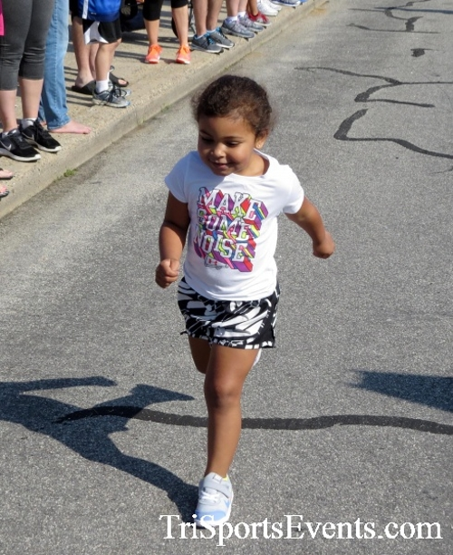 Running for Reese 5K Run/Walk<br><br><br><br><a href='https://www.trisportsevents.com/pics/17_Running_for_Reese_5K_007.JPG' download='17_Running_for_Reese_5K_007.JPG'>Click here to download.</a><Br><a href='http://www.facebook.com/sharer.php?u=http:%2F%2Fwww.trisportsevents.com%2Fpics%2F17_Running_for_Reese_5K_007.JPG&t=Running for Reese 5K Run/Walk' target='_blank'><img src='images/fb_share.png' width='100'></a>