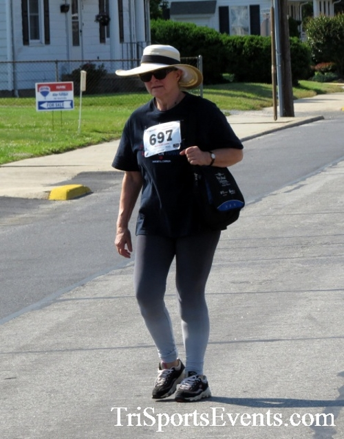 Running for Reese 5K Run/Walk<br><br><br><br><a href='https://www.trisportsevents.com/pics/17_Running_for_Reese_5K_030.JPG' download='17_Running_for_Reese_5K_030.JPG'>Click here to download.</a><Br><a href='http://www.facebook.com/sharer.php?u=http:%2F%2Fwww.trisportsevents.com%2Fpics%2F17_Running_for_Reese_5K_030.JPG&t=Running for Reese 5K Run/Walk' target='_blank'><img src='images/fb_share.png' width='100'></a>