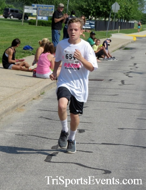 Running for Reese 5K Run/Walk<br><br><br><br><a href='https://www.trisportsevents.com/pics/17_Running_for_Reese_5K_053.JPG' download='17_Running_for_Reese_5K_053.JPG'>Click here to download.</a><Br><a href='http://www.facebook.com/sharer.php?u=http:%2F%2Fwww.trisportsevents.com%2Fpics%2F17_Running_for_Reese_5K_053.JPG&t=Running for Reese 5K Run/Walk' target='_blank'><img src='images/fb_share.png' width='100'></a>