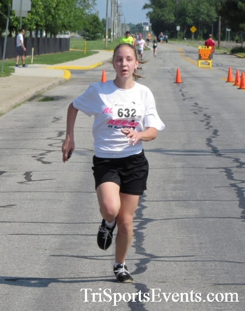 Running for Reese 5K Run/Walk<br><br><br><br><a href='https://www.trisportsevents.com/pics/17_Running_for_Reese_5K_059.JPG' download='17_Running_for_Reese_5K_059.JPG'>Click here to download.</a><Br><a href='http://www.facebook.com/sharer.php?u=http:%2F%2Fwww.trisportsevents.com%2Fpics%2F17_Running_for_Reese_5K_059.JPG&t=Running for Reese 5K Run/Walk' target='_blank'><img src='images/fb_share.png' width='100'></a>