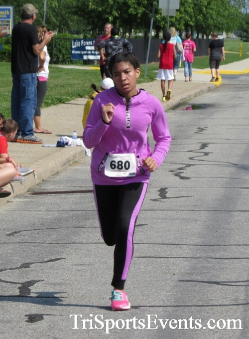 Running for Reese 5K Run/Walk<br><br><br><br><a href='https://www.trisportsevents.com/pics/17_Running_for_Reese_5K_069.JPG' download='17_Running_for_Reese_5K_069.JPG'>Click here to download.</a><Br><a href='http://www.facebook.com/sharer.php?u=http:%2F%2Fwww.trisportsevents.com%2Fpics%2F17_Running_for_Reese_5K_069.JPG&t=Running for Reese 5K Run/Walk' target='_blank'><img src='images/fb_share.png' width='100'></a>