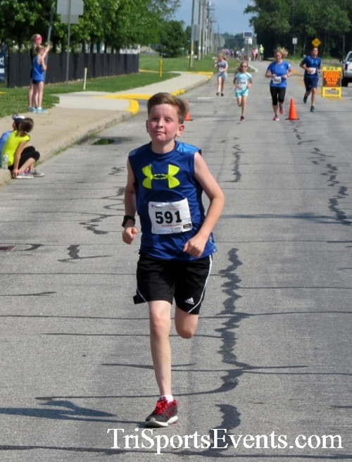 Running for Reese 5K Run/Walk<br><br><br><br><a href='https://www.trisportsevents.com/pics/17_Running_for_Reese_5K_081.JPG' download='17_Running_for_Reese_5K_081.JPG'>Click here to download.</a><Br><a href='http://www.facebook.com/sharer.php?u=http:%2F%2Fwww.trisportsevents.com%2Fpics%2F17_Running_for_Reese_5K_081.JPG&t=Running for Reese 5K Run/Walk' target='_blank'><img src='images/fb_share.png' width='100'></a>